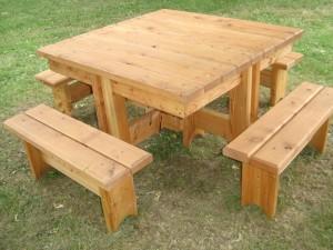 table d'exterieur en mélèze